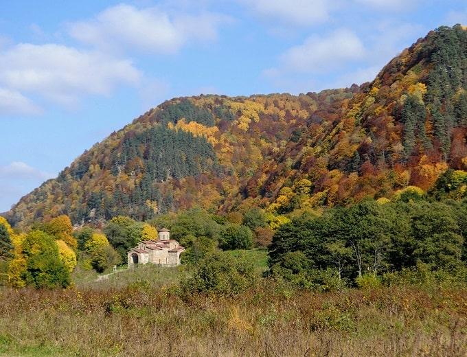 Архыз осень в горах бархатный сезон